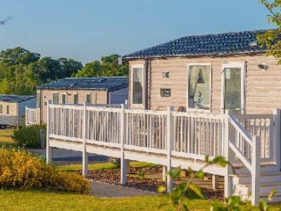WIN with Static Caravan Insurance from Jackson Lee